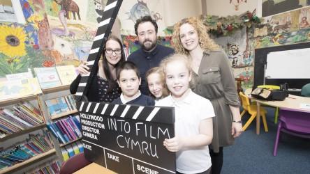 Celyn Jones launches Digital Literacy resource at Cornist Park School